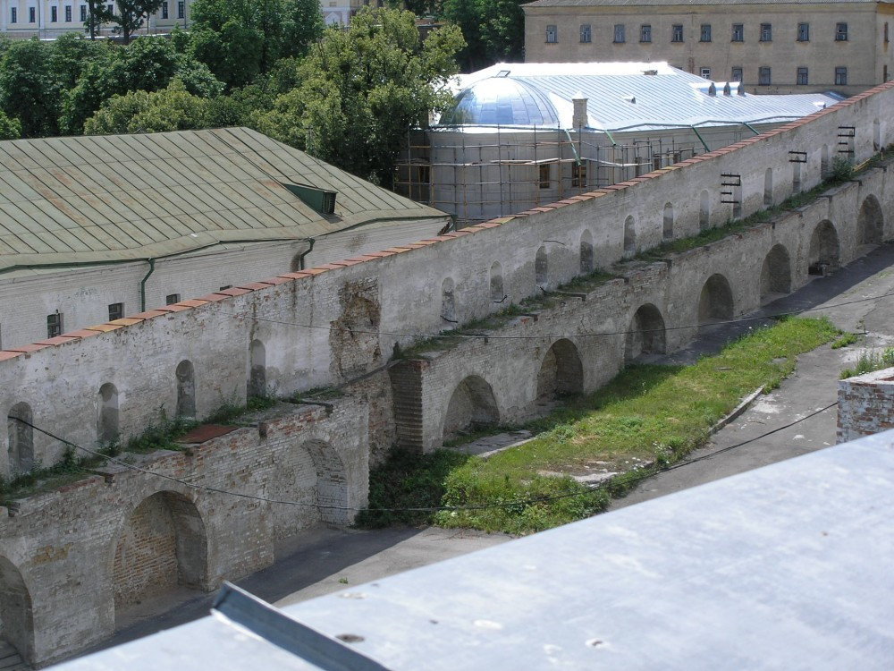 Some unknown facts of the evolution of the Up-per lavra fortifications